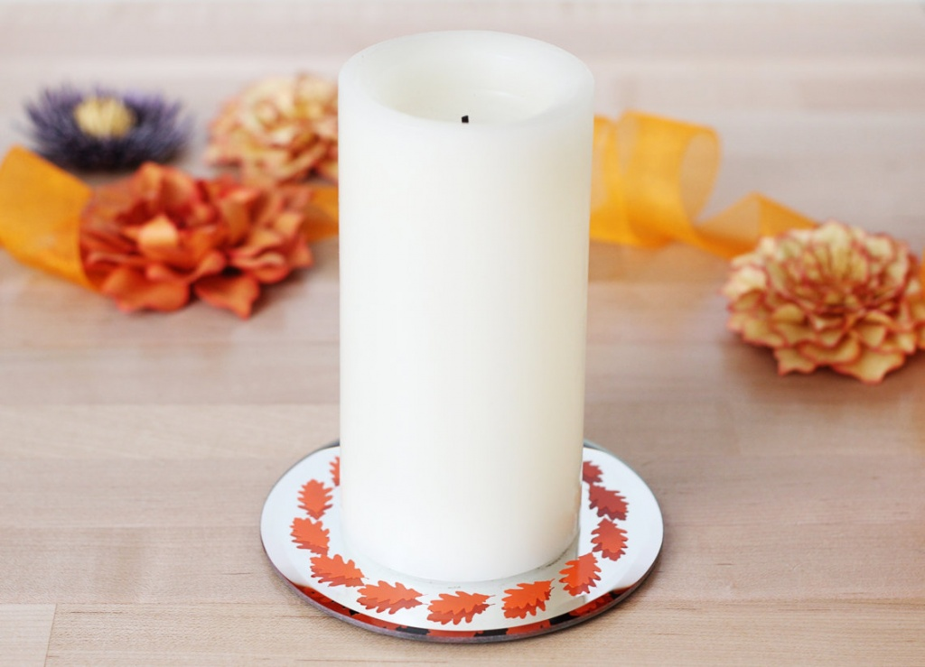 Leaf-candle-base_horizontal_hi-res-1140x823.jpg