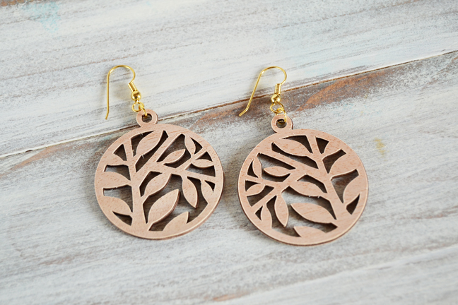 s-leaf-wood-earrings-final.jpg